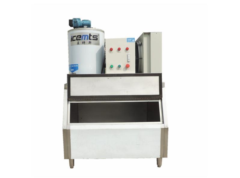0.35吨小型商业片冰机MIF0.35T-R4A